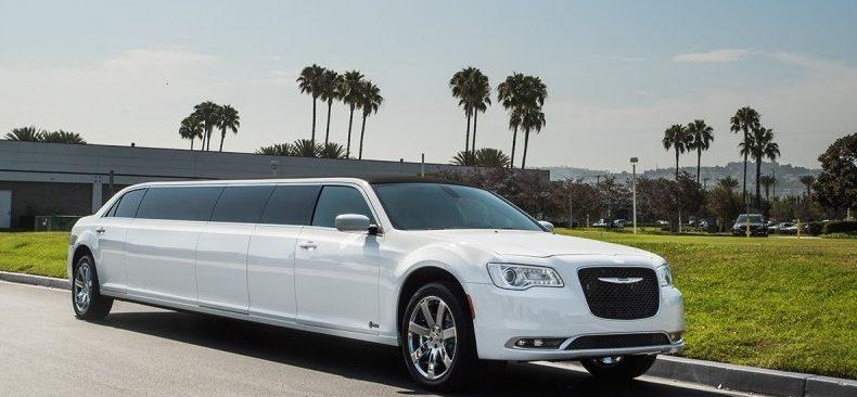 Chrysler 300 Front(1)