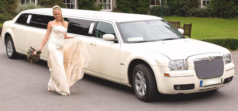 with a diverse fleet i love miami limos is sure to have the perfect wedding day vehicle to suit your needs from luxury stretch limousines vip sedans and